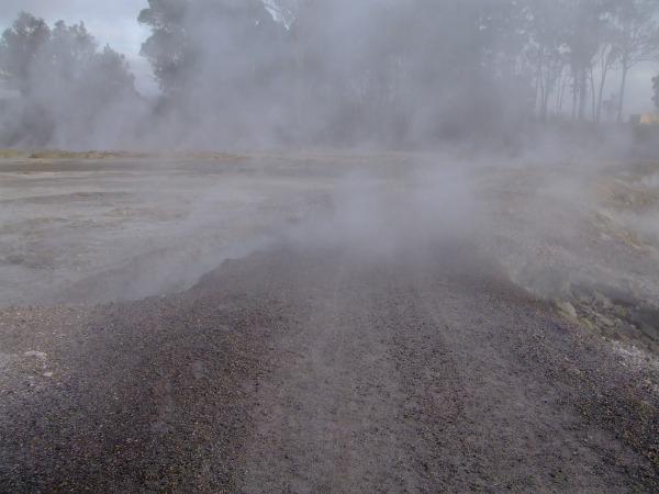 Te Ara Ahi cycle trail through the sulphur flats