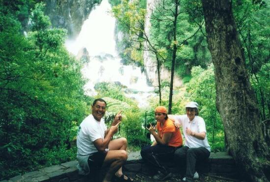 Family picture at Tarawera Falls, Rotorua, NZ.