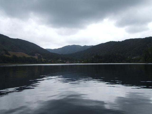 Rotorua Duck Tour on a somber looking Lake Okareka