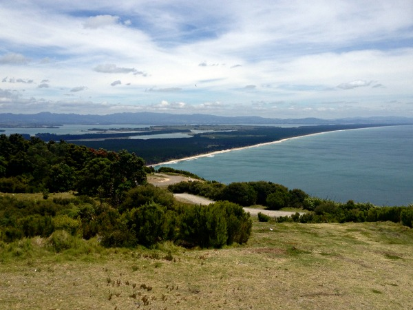 On the Mount Maunganui walk you have magnificent views to the Kaimai Ranges in the west.