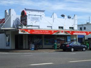 Best Rotorua Takeaways - Oppies has the best chips