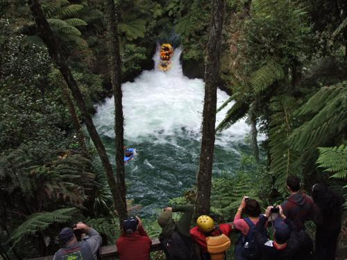 Rotorua Travel Secrets - Okere Falls Whitewater Rafting and Viewing Platforms